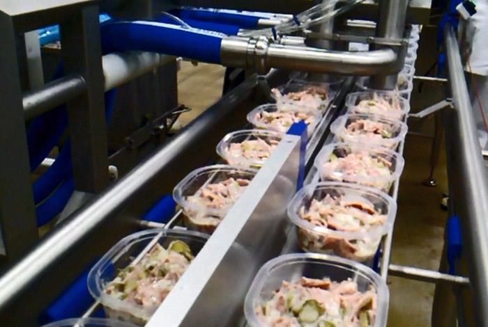 Fillpack - Doseuse à piston, moteur brushless - Ligne salade traiteur
