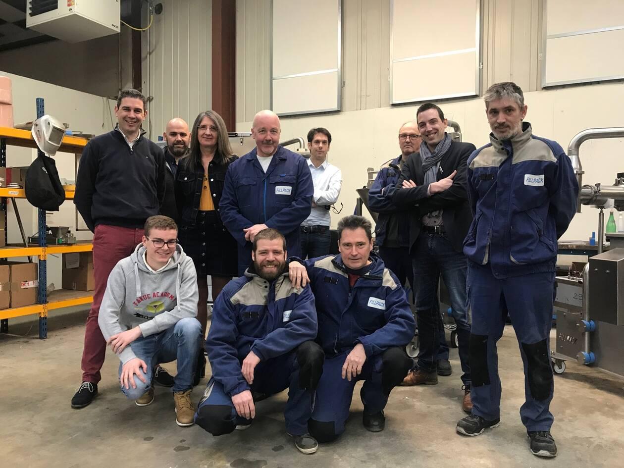 Une partie de l'équipe Fillpack qui fabrique les doseuses et les assemble pour les usines agroalimentaires ou industrielles | Ouest-France